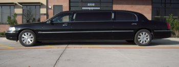 Lincoln Limo Additional Side View